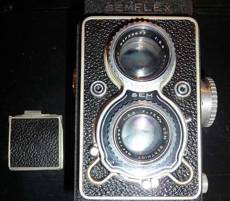 appareil photo ancien double focale