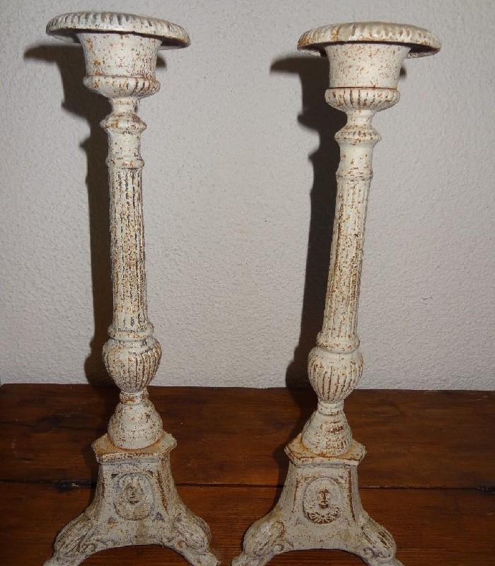 pique cierges anciens chandeliers église